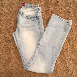 Woman's Lucky Brand Jeans Pants 2/26